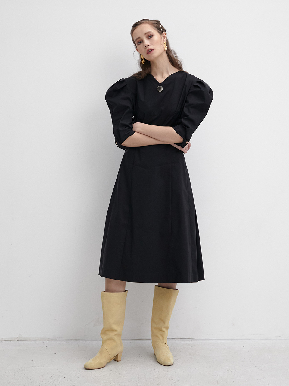 003 Sleeve twisted Bell Dress