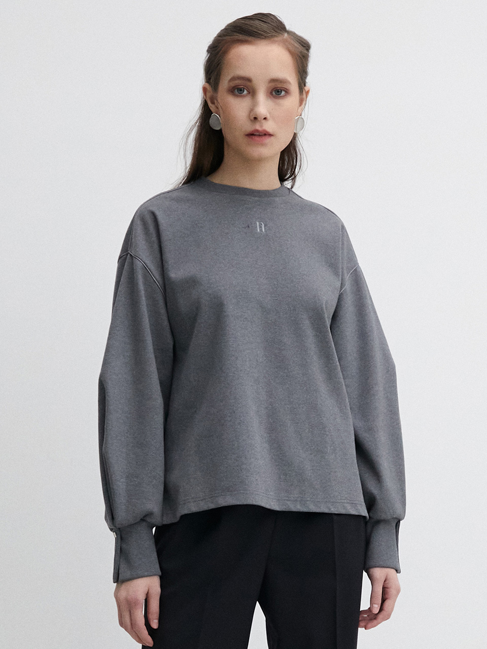 003 Puff Pin Tuck Sweatshirt - Grey