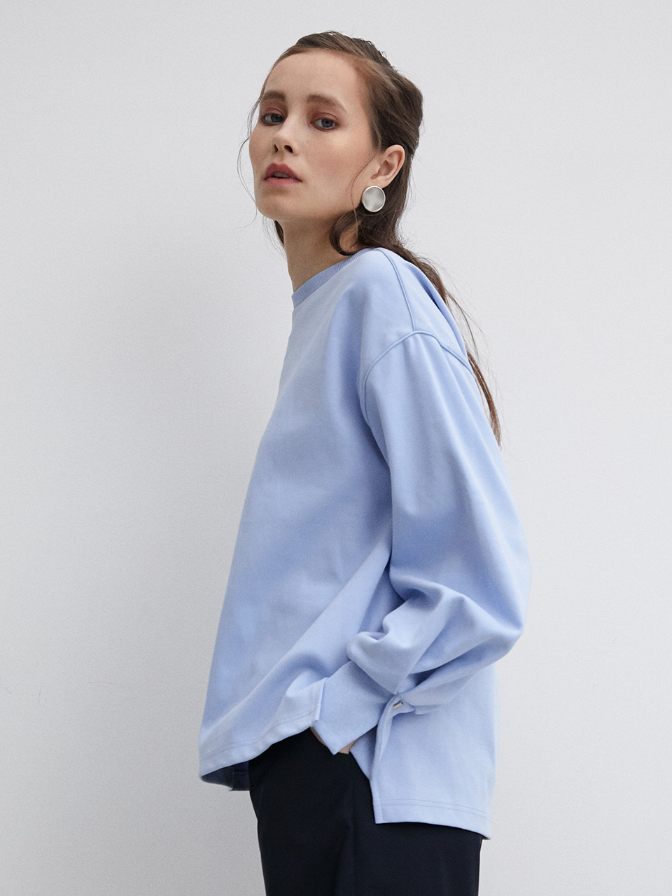 003 Puff Pin Tuck Sweatshirt - Light Blue